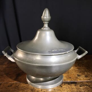 Continental Pewter lidded tureen, 19th C. -0